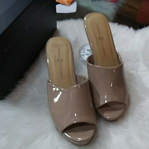 Chinese Laundry tan color platform
